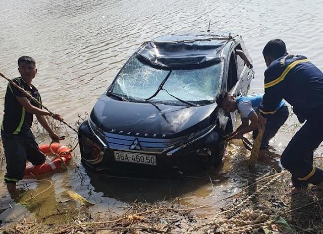 Ô tô lao xuống sông Mã khiến 3 người tử vong