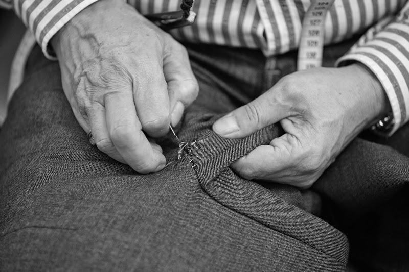 handmade, hecho a mano, Made in Spain, Reglas de estilo, sastrería, suit, Suits and Shirts, tailor, tailoring, trajes, Lander Urquijo, tailored, tailor, sartorial, bespoke, atelier, menswear, Pugil Store, Tom Black,