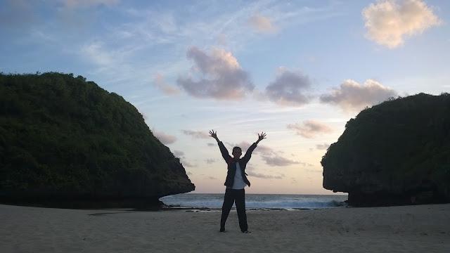 Pantai Greweng Gunungkidul Camp mbloogers Travelblog