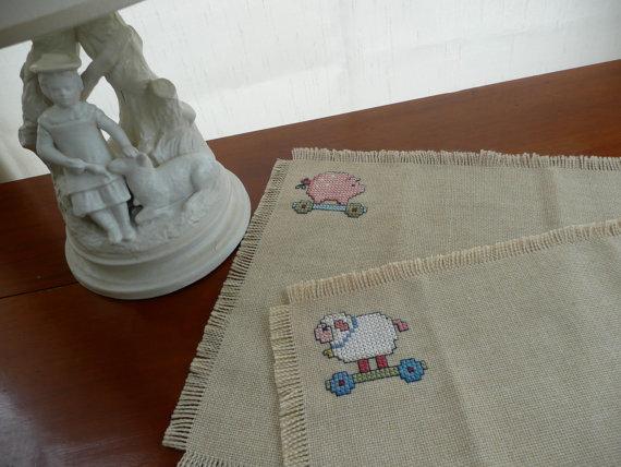 cross stitch placemats, cross stitch table mat, tunner, cross stitch pattern, cross stitch animals, cross stitch kids