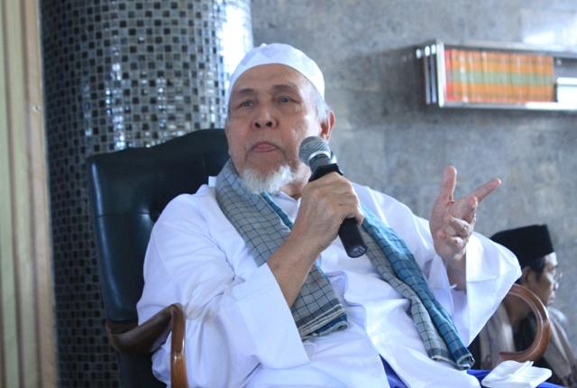 KH Husni Thamrin: TEGAS ! Kita Ingin Indonesia Aman, Bersih dari PKI