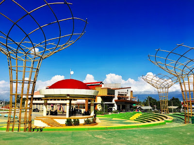 Things to do in Bukidnon - Manolo Fortich Municipal Plaza