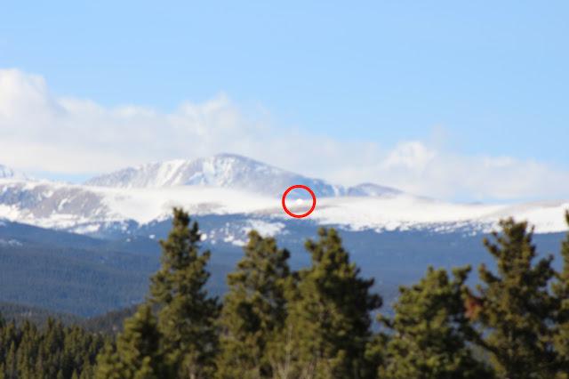 OVNI resplandeciente en las nubes sobre Colorado el 9 de abril de 2021 4
