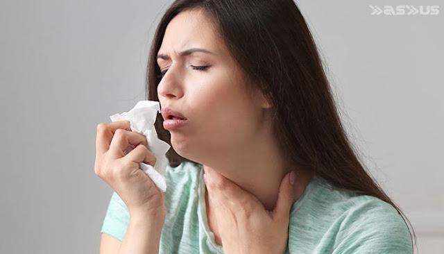 10 Cara Alami Menghilangkan Suara Serak Akibat Batuk, Radang Tenggorokan, dan Lainnya