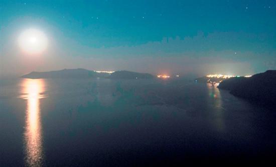 Το υποθαλάσσιο ηφαίστειο κοντά στη Σαντορίνη που «αναπνέει» κάθε 2 λεπτά (ΒΙΝΤΕΟ)