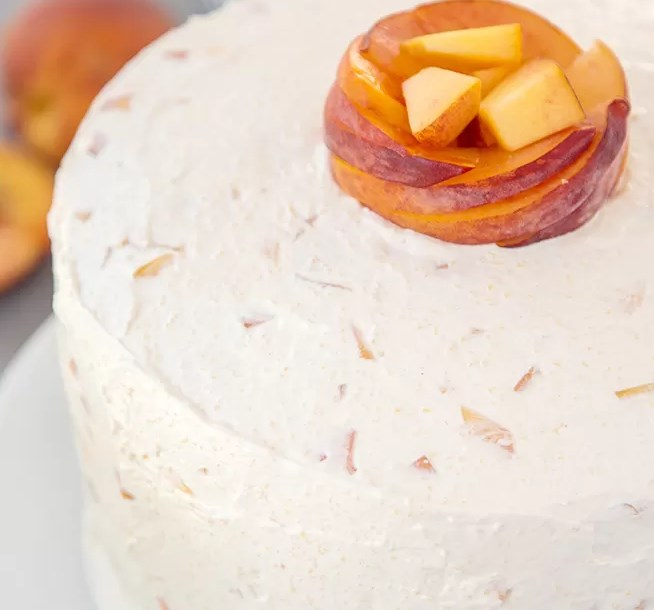 VANILLA PEACH LAYER CAKE #dessert #summerrecipe
