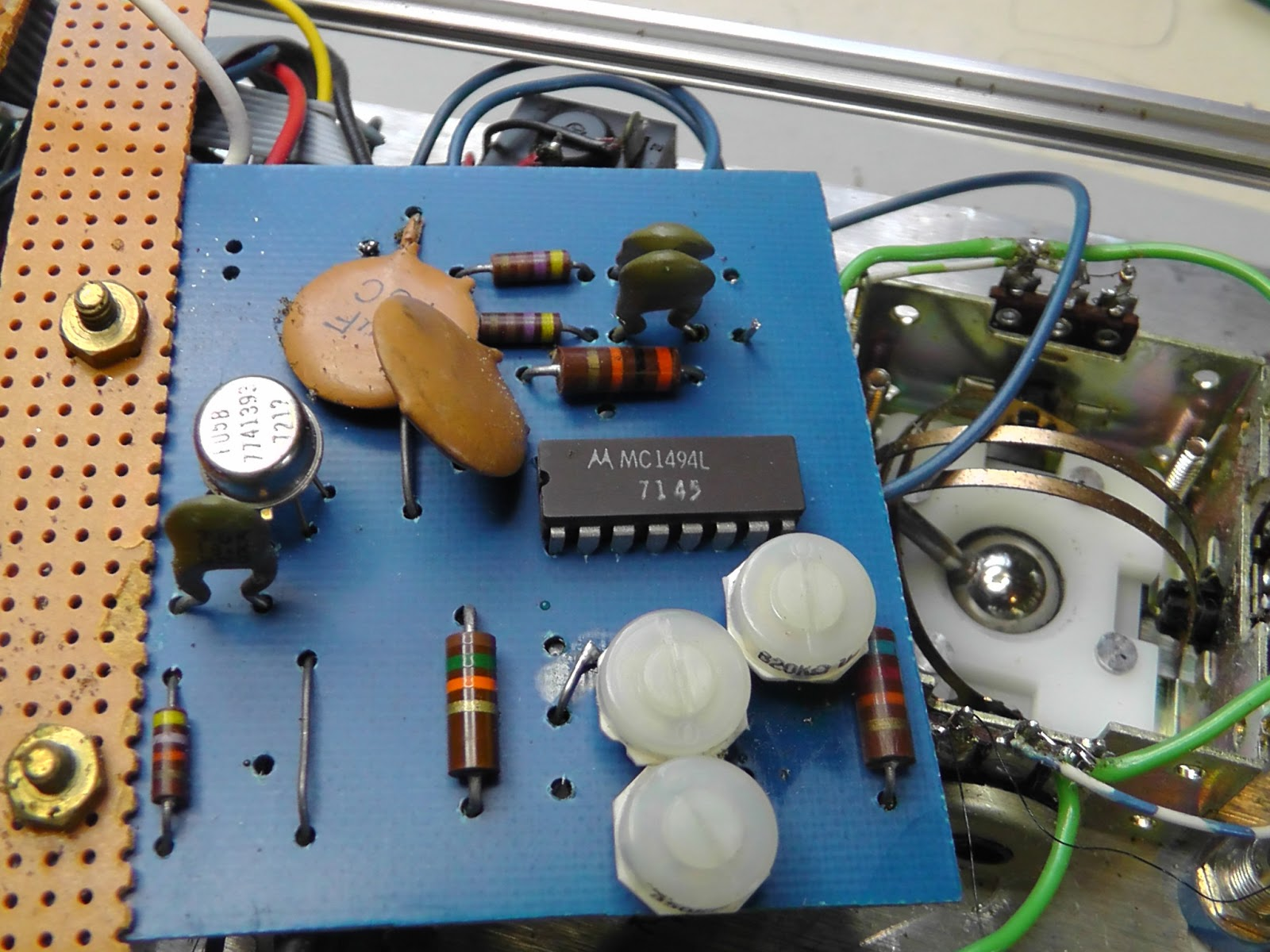 Ua741 Op Amp Diagram Free Wiring For You Introduction To 741 Operational Amplifier Tutorial Electronic Nonlinearcircuits Meets Serge Driscoll Circuit Pin