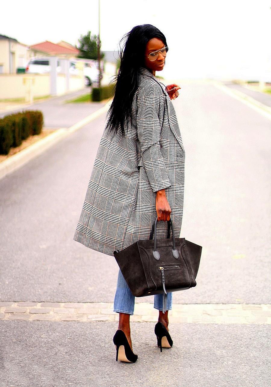 manteau-carreaux-prince-de-galles-tendance-blogueuse-mode-sac-celine-phantom-t-shirt-imprime