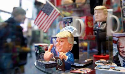 amerikai elnökválasztás, Donald Trump, Hillary Clinton, Twitter, Buzzfeed, James Comey, FBI