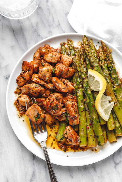 Chicken Bites and Asparagus