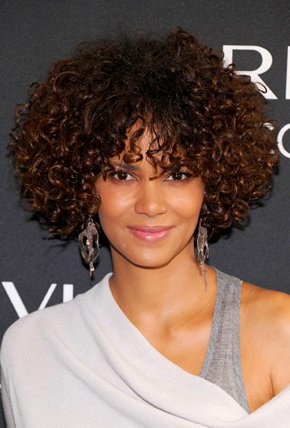 Fine Medium Length Of Hair Has Many Hair Styles Short Natural Short Hairstyles Gunalazisus