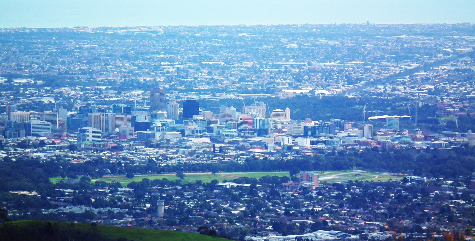 06_adelaide-cbd-seen-from-mount-lofty-su