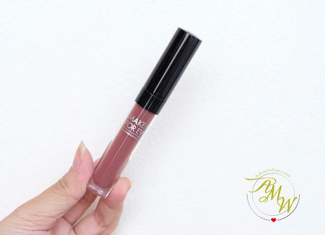 一个永远的艺术家化妆液体哑光唇膏的照片由Nikki Tiudota2雷竞技