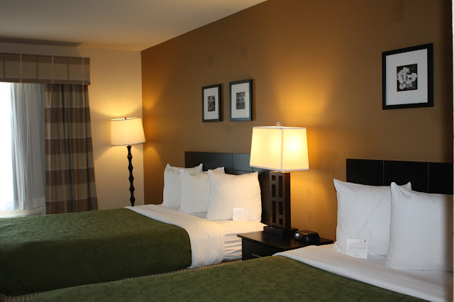 Spacious bedroom in Country Inn and Suites Kenosha