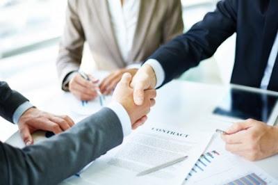 Kompensasi (Pengertian, Jenis, Sistem Pembayaran dan Faktor yang Mempengaruhi)