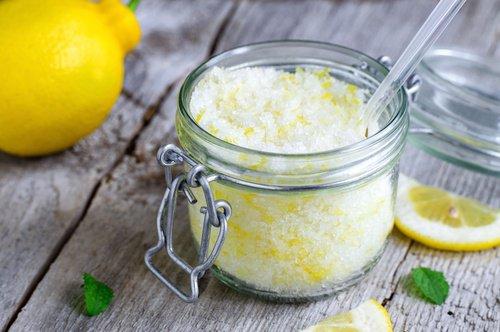 Restes culinaires que vous pouvez utiliser comme exfoliants à domicile