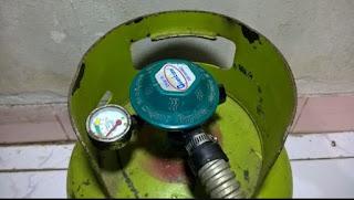 Memasang Tabung Gas