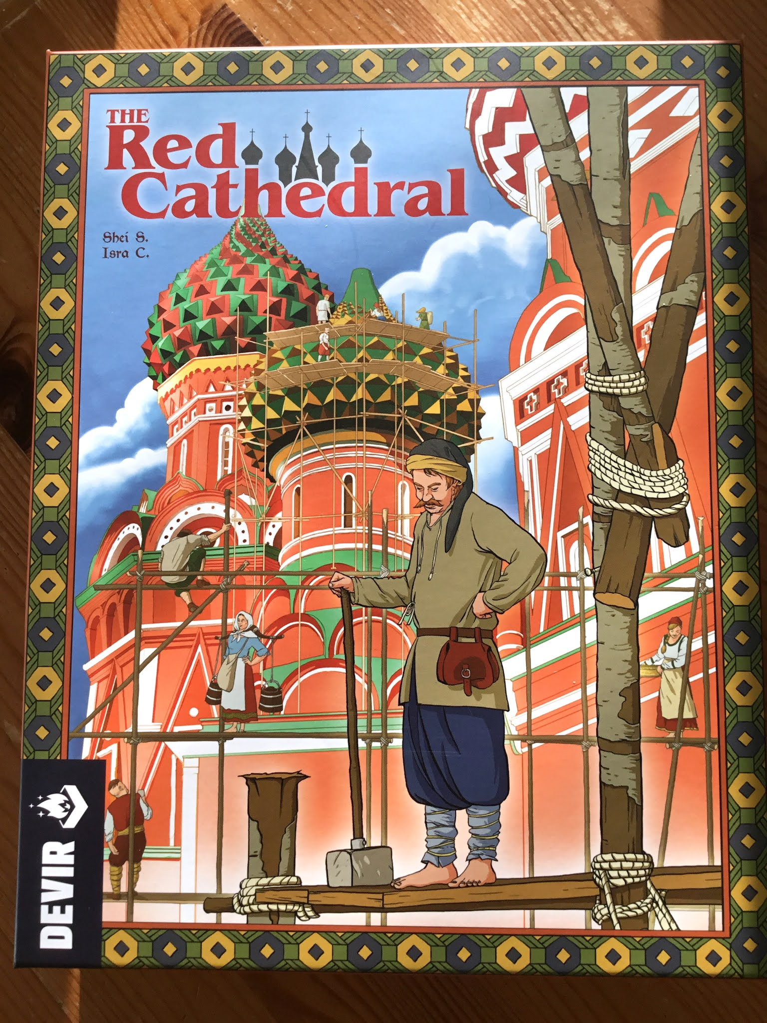 The Red Cathedral -lautapelin kansi