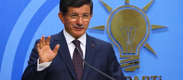 Νταβούτογλου κατά Ερντογάν: «Πήγες το κόμμα από το 49% στο 34% - Το AKP δεν είναι δικό σου - Βλάπτεις την προεδρία»