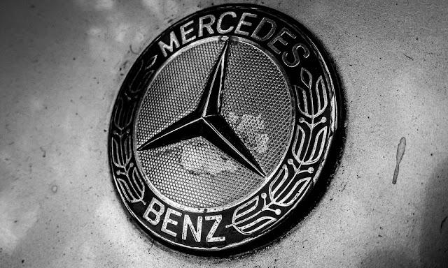 Cha đẻ của dòng xe Mercedes Benz mua lại công ty PayCash để làm gì ?
