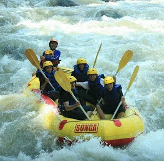 Kawasan wisata Songa Adventure Rafting Probolinggo