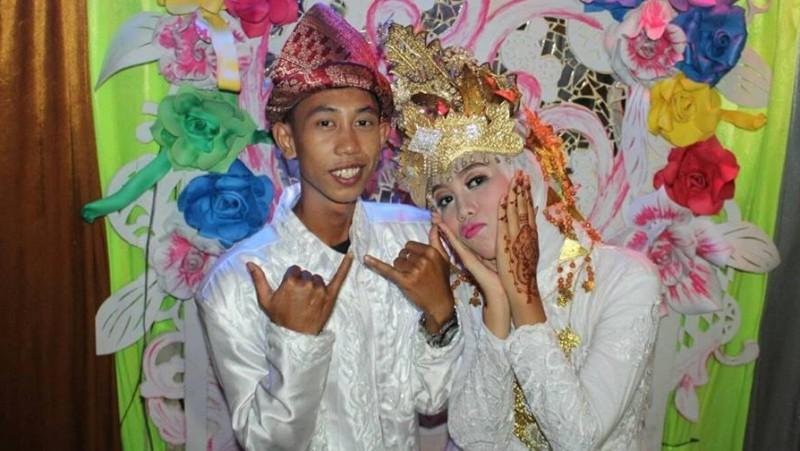 Pasangan ini bernama Muhammad Fitrah Rizky (Gaston) dan Amanda Safitri