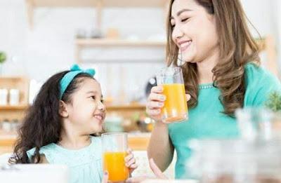 Minum Jus Adakah Aturan Usia Bagi Anak ?