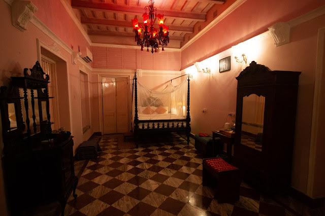 Ruby Kamra Bari Kothi Room