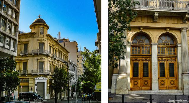 Rua Metropoleous, próxima à Praça Syntagma, em Atenas