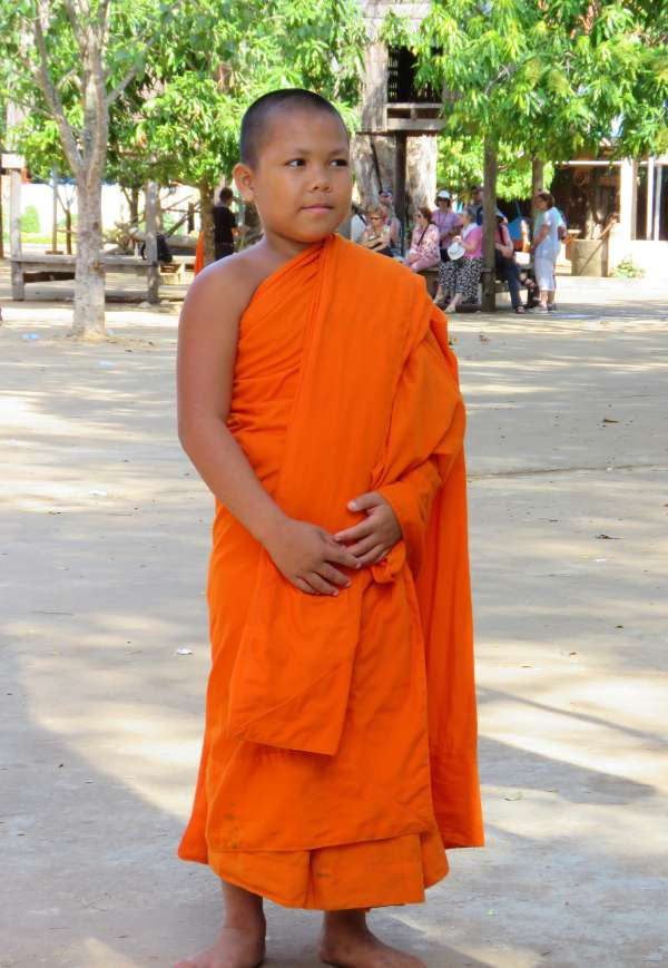 novice monk Wat Hanchey