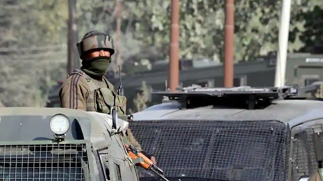 Indian Army personnel Stand guard against terrorists