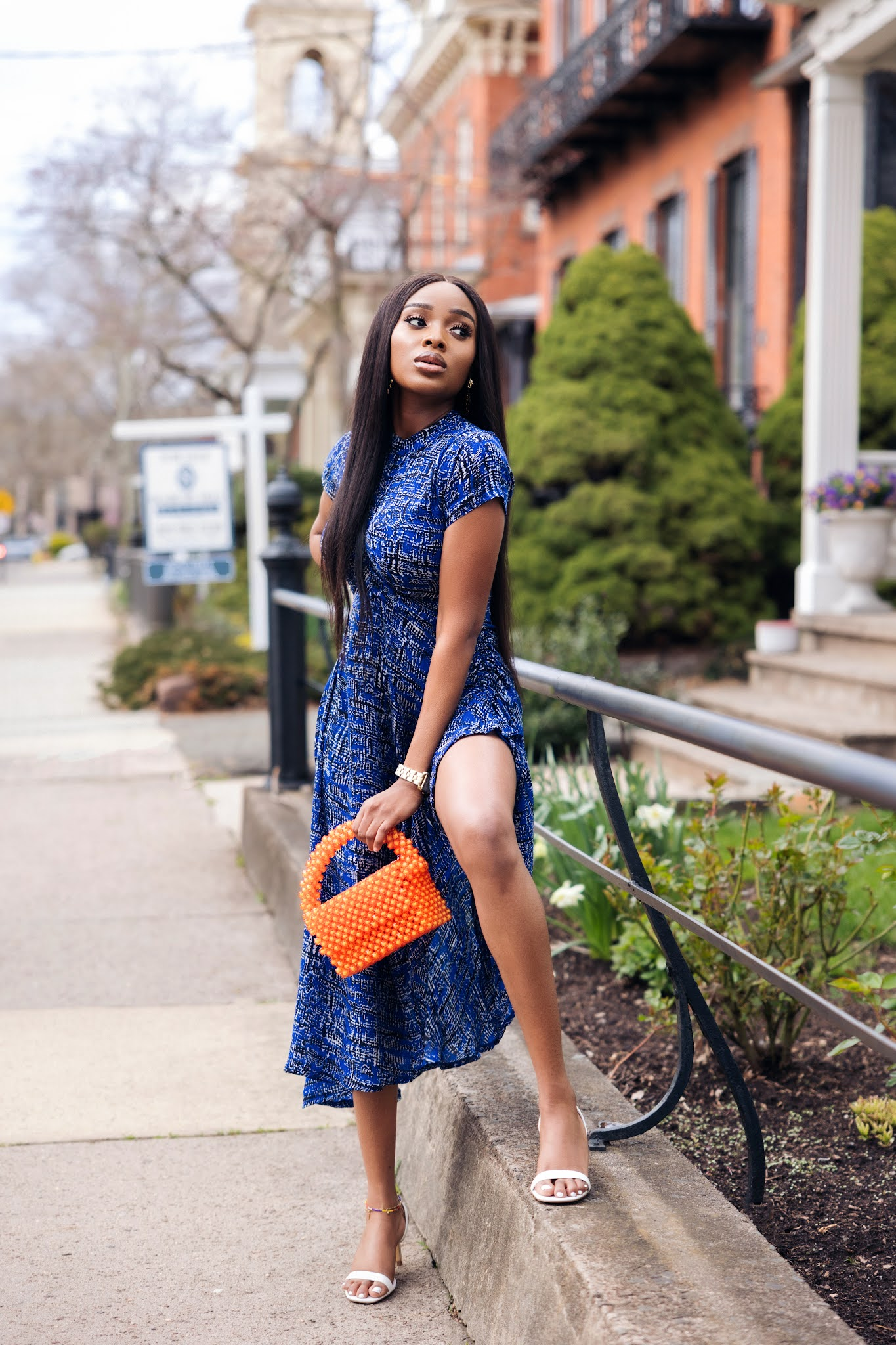 How to wear a Printed dress for date night