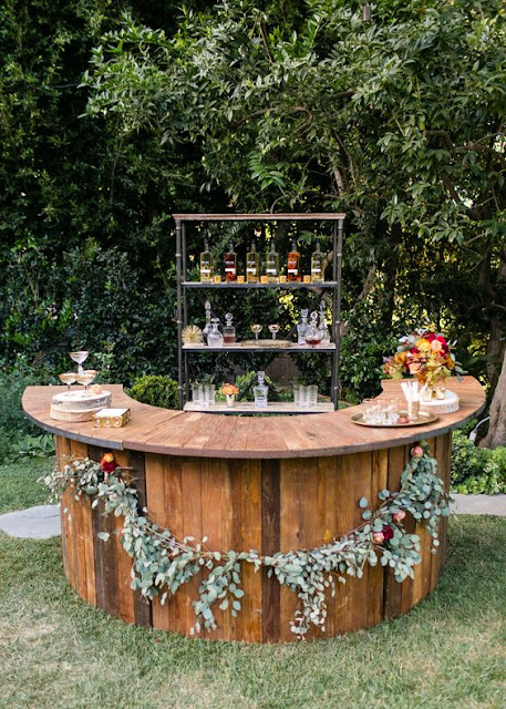 rustic outdoor wedding bar