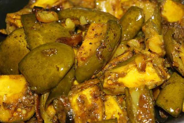 Aam ka achaar recipe-आम का अचार कैसे बनाते हैं
