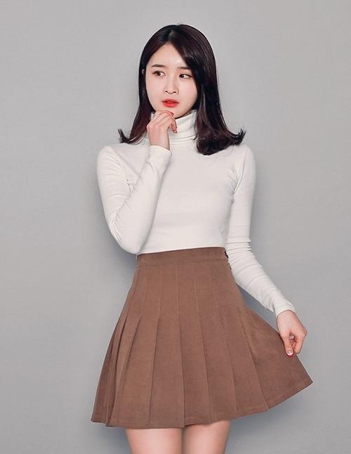 High Waist Pleated Mid-Thigh Length Skirt