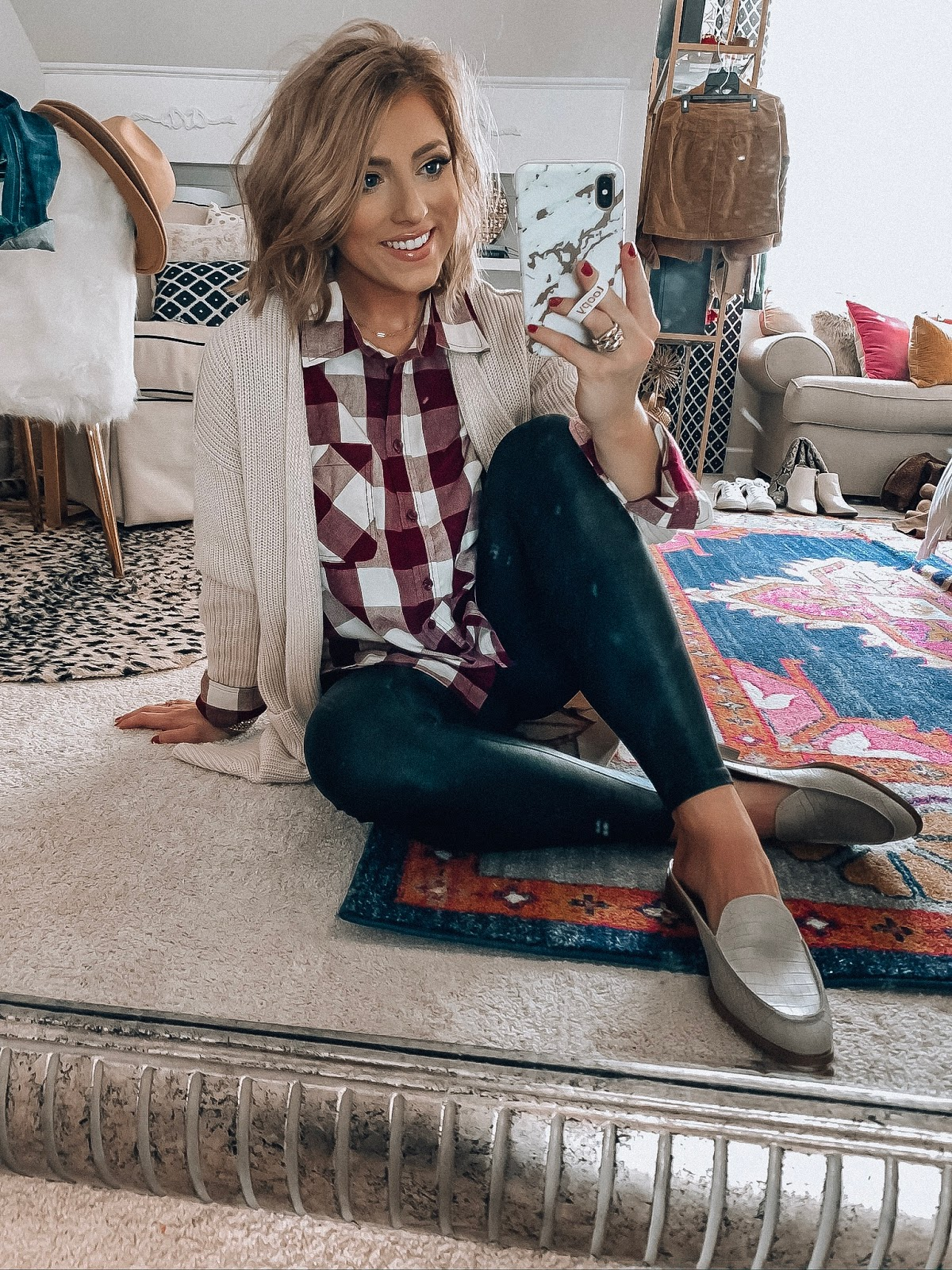 Affordable Fall Outfits: Recent Walmart (+ A Few Target and Amazon) Finds - Something Delightful Blog #fall2020 #fallfashion #falloutfits #casualstyle #everydayoutfits #walmartfashion #targetstyle