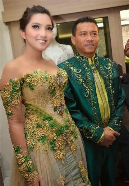 Gaun Kebaya Hamil Modern Untuk Pesta