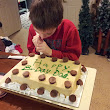 http://tamrablack.blogspot.com/2013/02/our-sam-decoration-cake-for-his-daddys.html