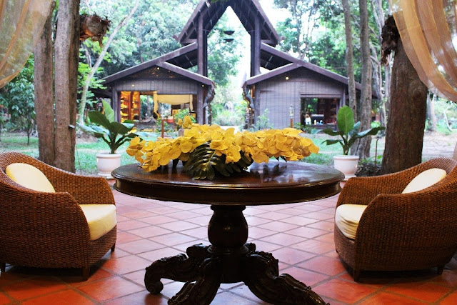 Angkor Village Resort luxury hotel, Siem Reap, Cambodia - luxe travel blog
