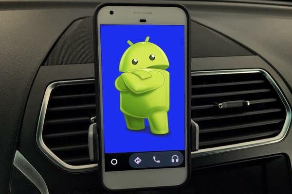 اجعل سيارتك تحصل على أحدث التقنيات كما في السيارات الحديثة مع هذه التطبيقات الرائعة لهاتفك