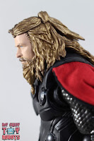S.H. Figuarts Thor Endgame 09