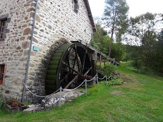 Moulin des Desniers - vue extérieure