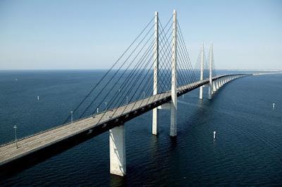 El pont que connecta Dinamarca i Suècia