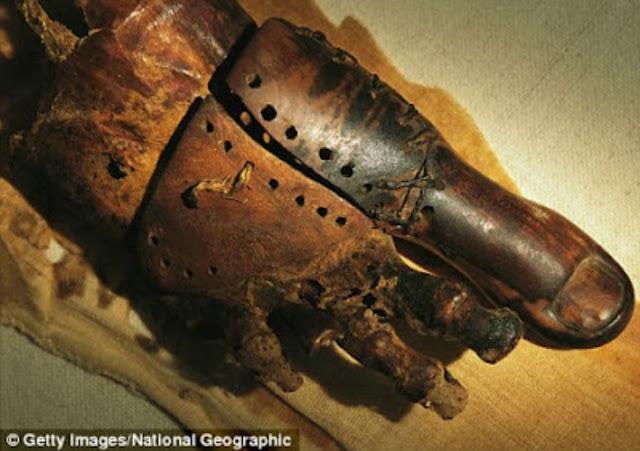معلومة لم تعرفها من قبل المصريون القدماء هم أول من استخدم الأطراف الصناعية !! شاهد بنفسك