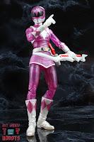 Lightning Collection Mighty Morphin 'Metallic' Pink Ranger 28