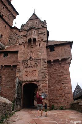 Porta di accesso al castello di Haut Koenigsbourg