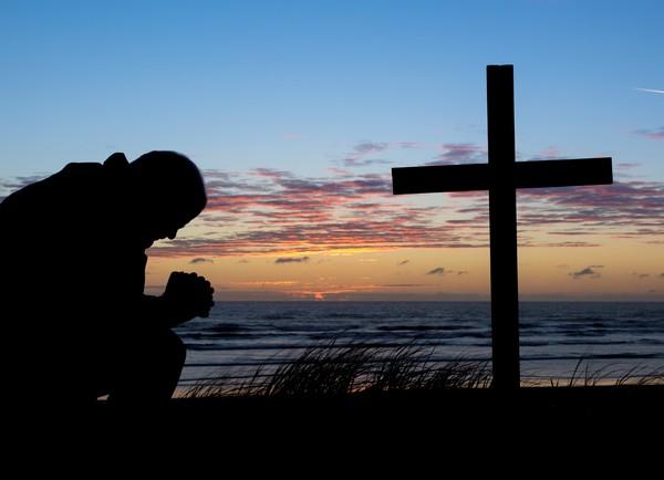 https://www.saintmaximeantony.org/2019/04/les-yeux-fixes-sur-jesus-christ.html