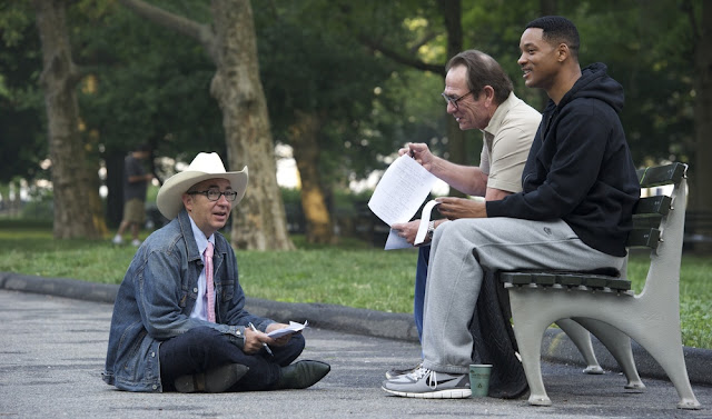 Director Barry Sonnenfeld Men in Black with Will Smith and Tommy Lee Jones