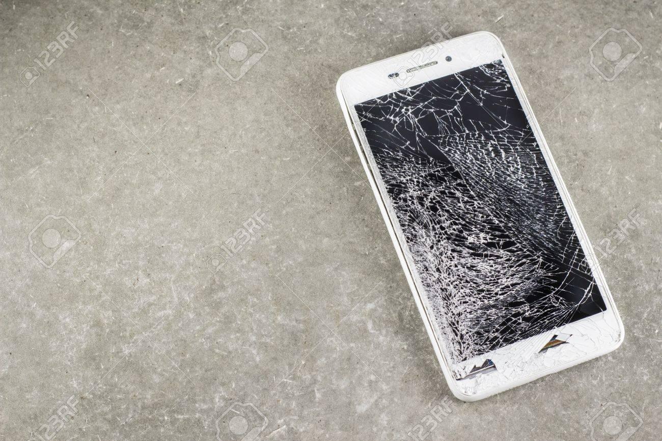 Berikut Dampak Negatif Kecanduan Smartphone