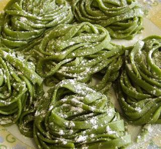Masa, Tallarines Verdes